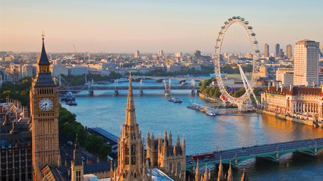 Skrydziai i Londona