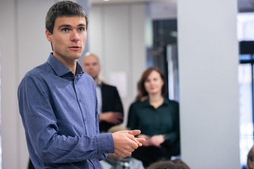 Seimo valdyba laikinai eiti Seimo kanclerio pareigas pavedė įstaigos Finansų skyriaus vedėjui
