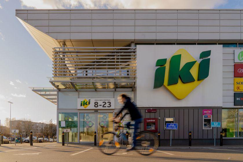 """""""Iki"""" rodo išskirtinį dėmesį į prekybos centrus sugrįžtantiems vyresniesiems"""