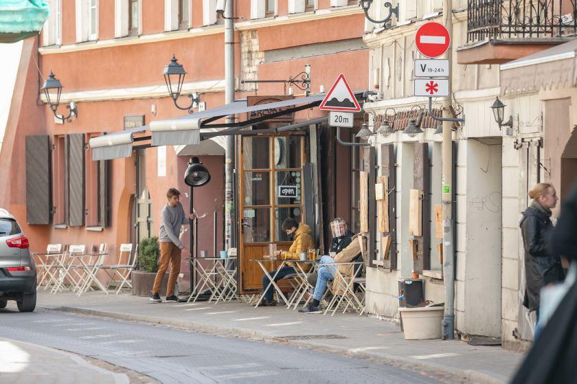 Pasibaigus šiltajam sezonui darbo dienomis atidaromas eismas dviejose Senamiesčio gatvėse