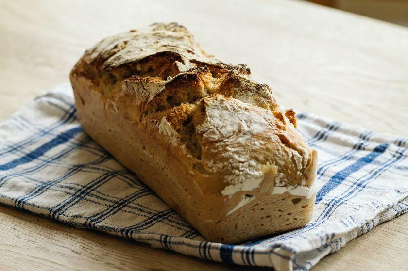Karantino įtaka: lietuviai ir toliau kepa duoną namuose