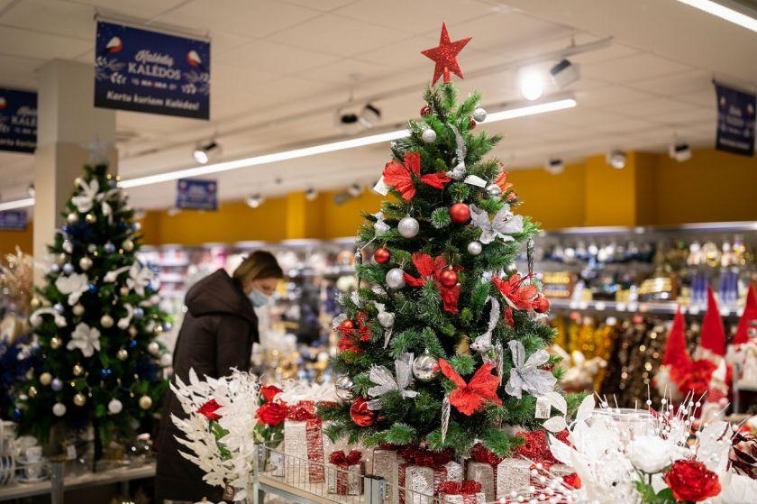 """""""Maxima"""" parduotuvės per šv. Kalėdas nedirbs, o kitomis šventinėmis dienomis – dirbs trumpiau"""