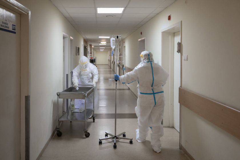 COVID-19 iššūkiai Vilniuje: savivaldybė parengė didžiausią koronaviruso gydymui skirtų lovų skaičių