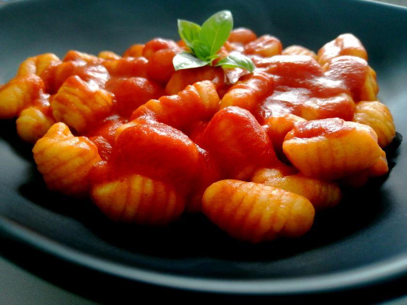 """Purūs ir burnoje tirpstantys itališki """"gnocchi"""" suminkštins kiekvieno lietuvio širdį"""