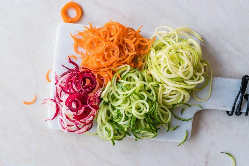 Naujienos jūsų valgiaraštyje: išbandykite begliutenius daržovių makaronus