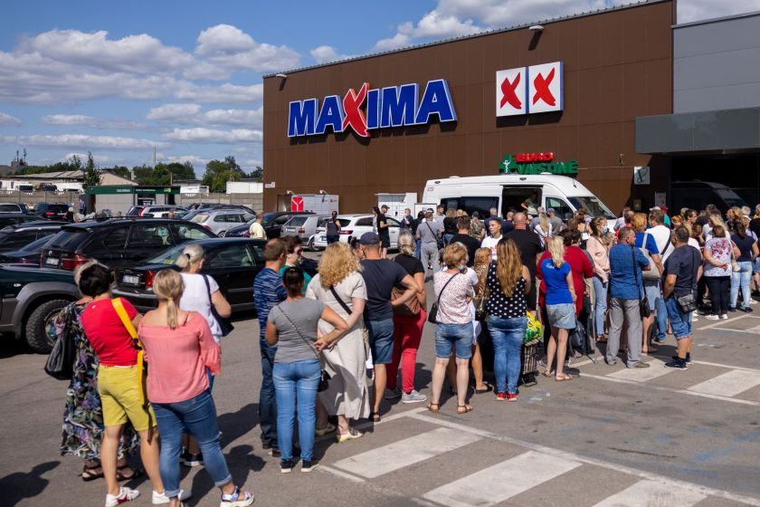 """Prie """"Maximа"""" parduotuvių įsikurs mobilieji vakcinacijos punktai"""
